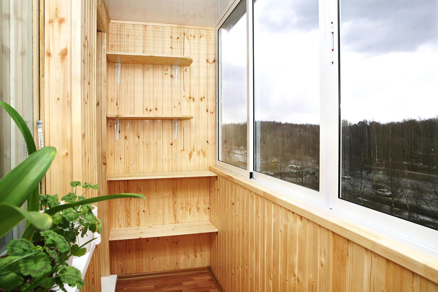 Балкон обшитый вагонкой дизайн