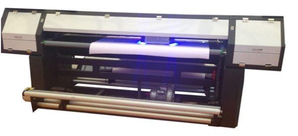 Для отверждения краски в современных УФ-принтерах используется светодиодная подсветка.