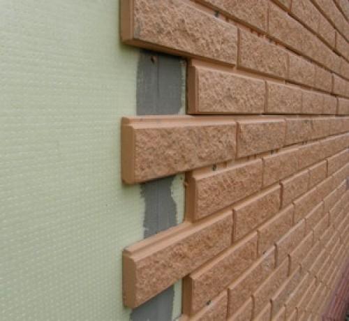 Эффективные технологии облицовки фасадов защищают здания от погодных катаклизмов и придают очень привлекательный вид.