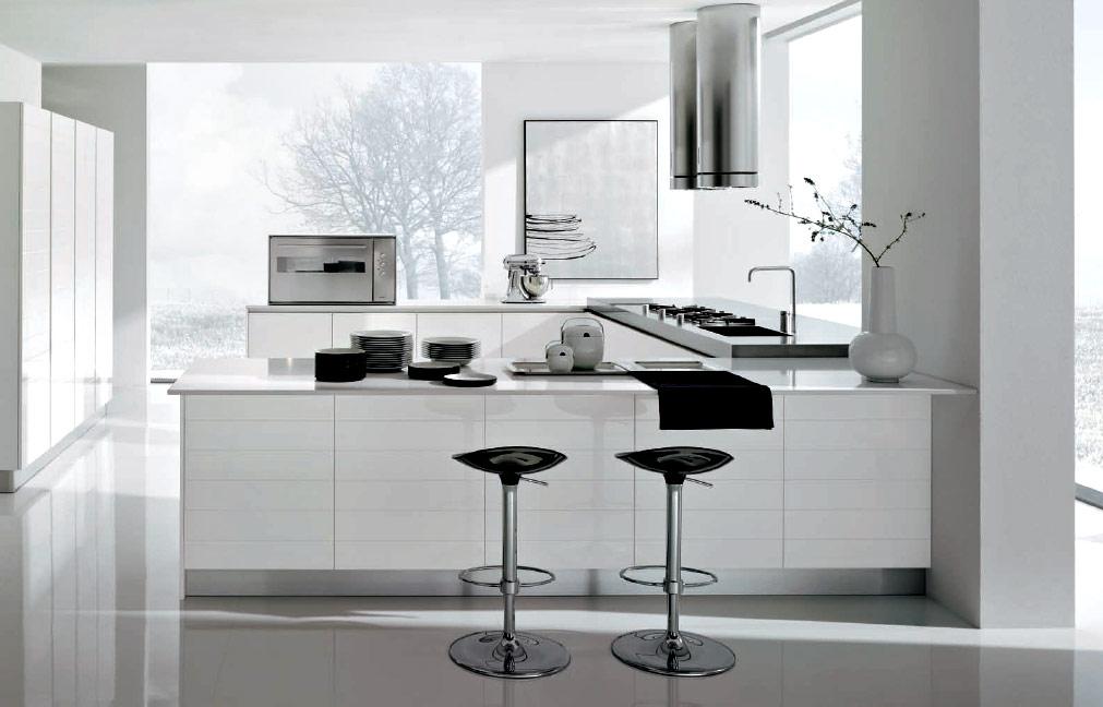 Хромированные элементы придадут кухне современное, и в тоже время изысканное очертание