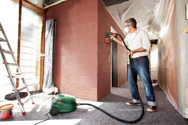 Использование краскопульта низкого давления в домашних условиях.