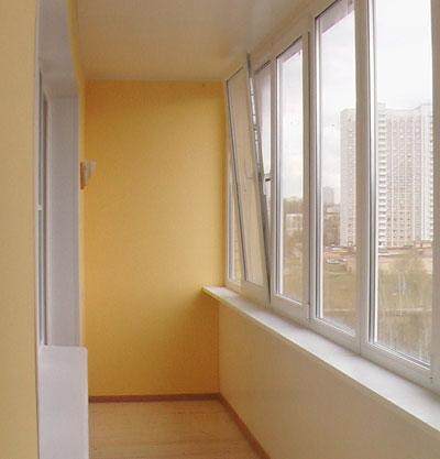 Красивый балкон с отделкой из гипсокартона