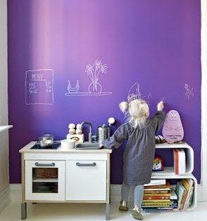 Краска для грифельной доски может иметь самые разные цвета и в этом ещё одно великолепное свойство