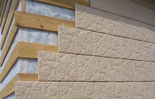 Крепление цементно-полимерных плит на деревянную обрешетку.
