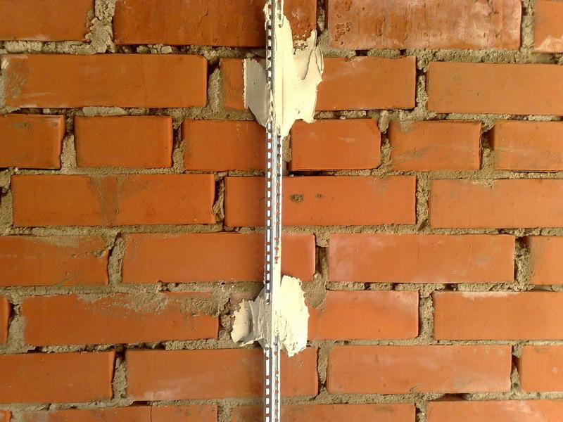 Выравнивание стен маяками