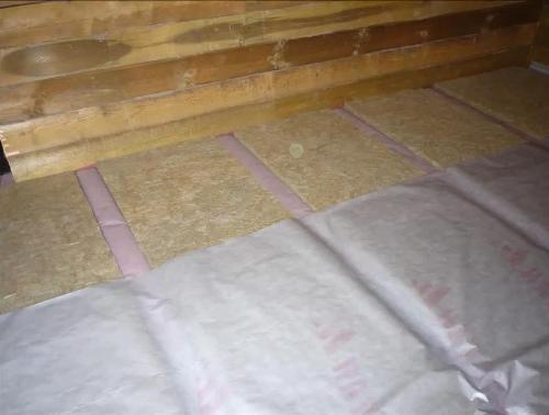 Монтаж пароизоляции поверх утепляющего материала
