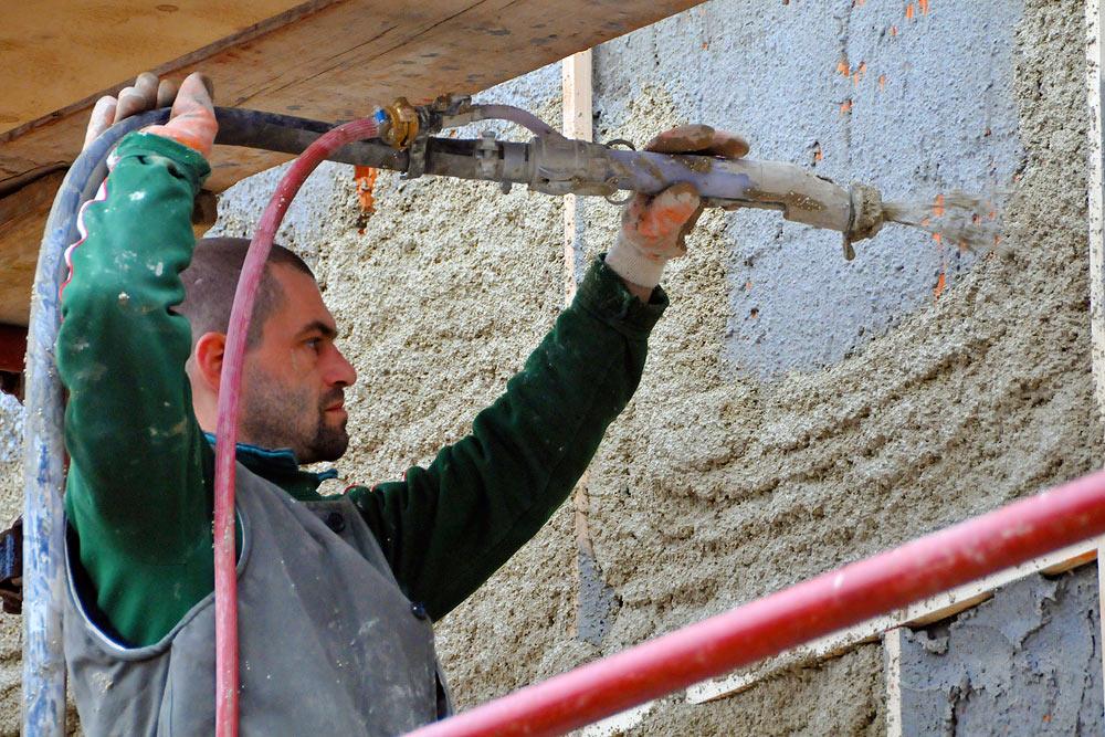 Отделка стен штукатуркой фасада своими руками