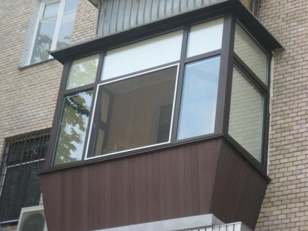 На фото: хорошо отделанный балкон будет не только намного привлекательнее, но и намного теплее
