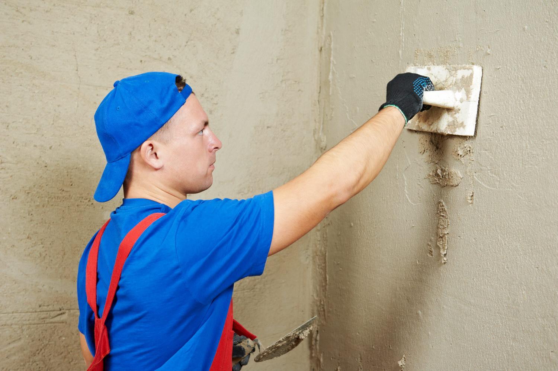Заштукатурить стену