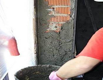 Оштукатуривание деревянных стен цементным раствором