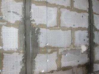 Штукатурка внутренних стен из газосиликата по маякам