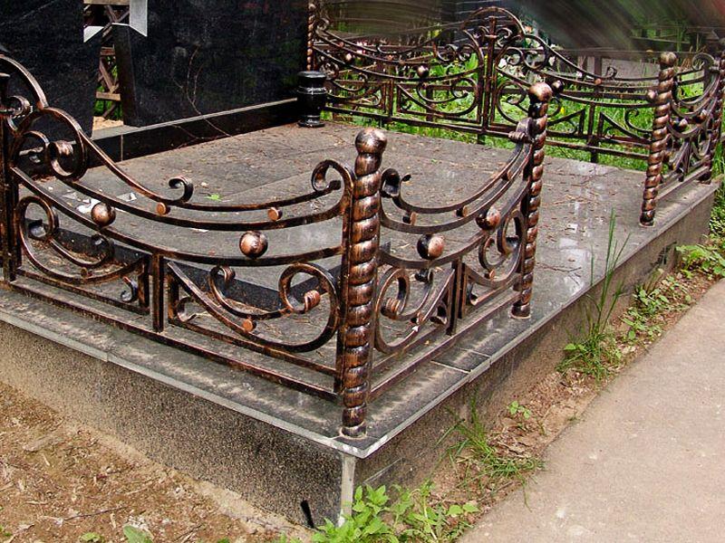 Как сделать ограду своими руками на кладбище