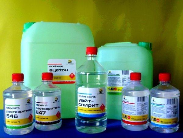 Обезжирить мангал и развести краску можно ароматическим растворителем.