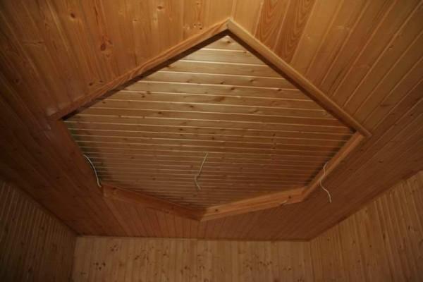Облицовка потолка вагонкой