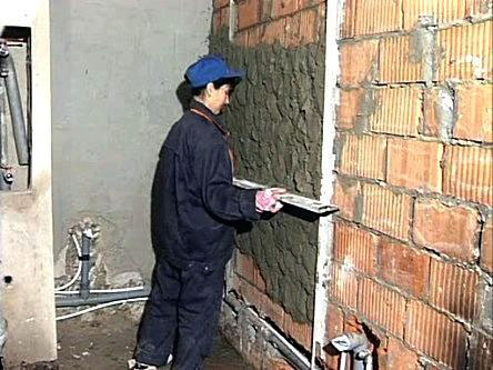 Фото как оштукатурить стены своими руками фото