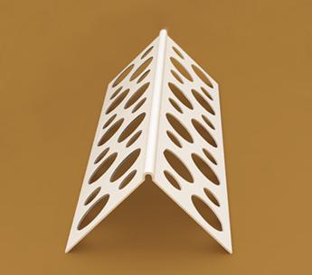 Пластиковая деталь с перфорацией