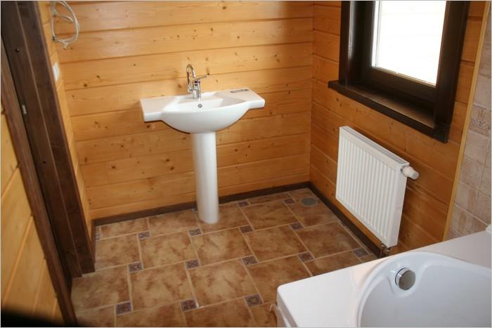 Какой пол сделать в деревянном доме в ванной