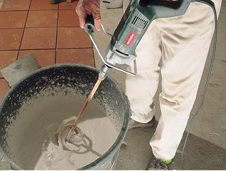 Можно ли штукатурить клеем для плитки
