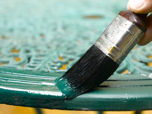Разные поверхности требуют разных по размерам кистей