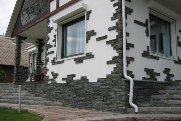С помощью такого материала можно создать очень интересный фасад