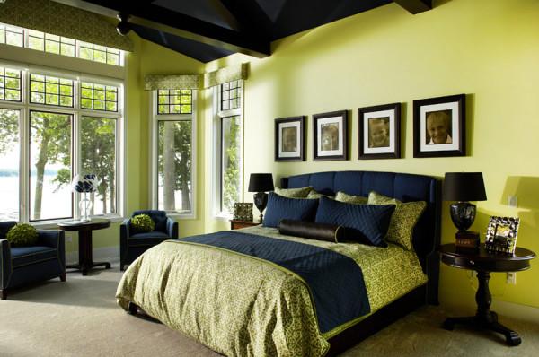 Спальная комната в зеленых тонах