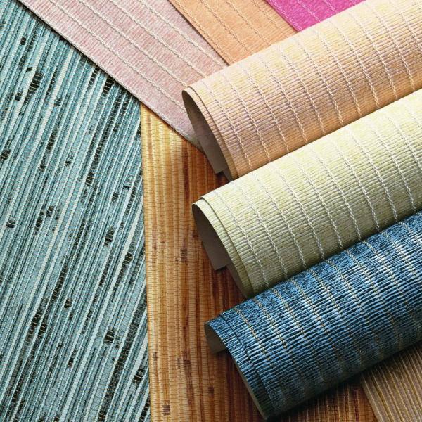 Стеклотканевые обои под покраску имеют рельефную поверхность.