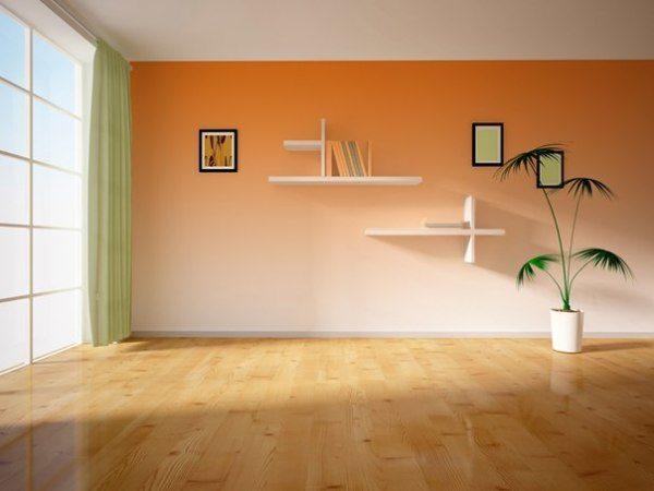 Светлый низ делает комнату шире, при этом высота потолков кажется немного меньшей.