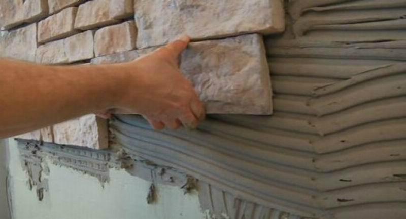 Сколько стоит приклеивание декоративного камня в балконе..