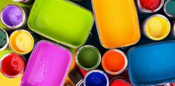 Выбор цветов и оттенков акриловых водоэмульсионных красок практически неограничен.
