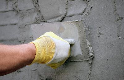 Выравнивание цементного раствора.