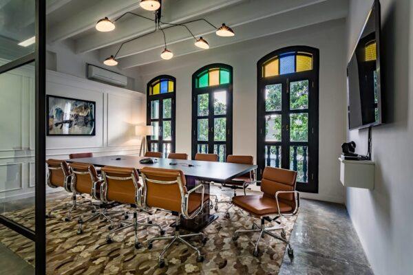 Офисное помещение в эклектичном стиле
