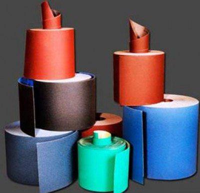Абразивная бумага отличается по зернистости абразивного материала