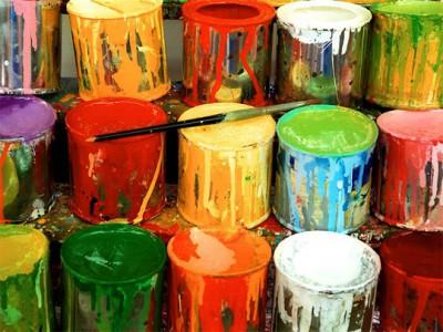 Акриловые фасадные краски для бетона имеют множество цветов и оттенков