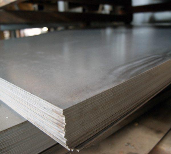 Без защитного покрытия металл может повредить даже повышенная влажность воздуха