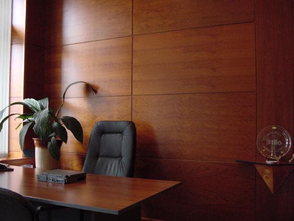 Большие листовые панели подходят для помещений с площадью более 50кв.м.