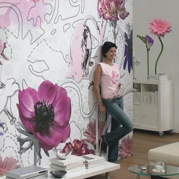 Буйство цветения на стенах