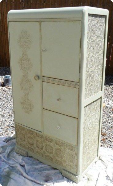 Декупаж шкафа обоями - уникальная возможность вернуть старую мебель к жизни
