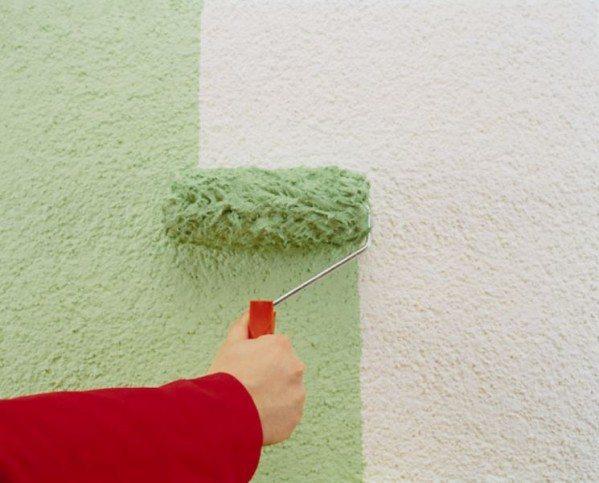 Для фасадов очень часто используют силикатные составы, которые наносят в один слой