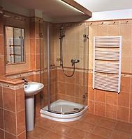 Душевая кабина в бане.