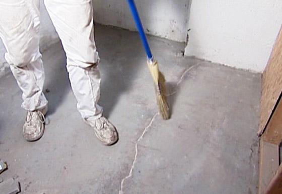 Эпоксидка является отличным материалом для ремонта бетонных полов