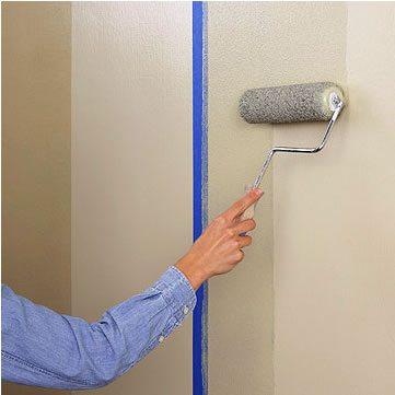 Если поверхность стены быстро высыхает, значит, материал хорошо впитывает раствор