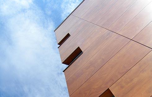 Фасадные панели в отделке дома.