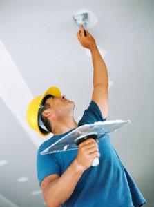 Финишные работы на потолке