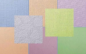 Флизелиновые обои под покраску завоевывают всё большую популярность своей возможностью кардинально изменить интерьер при минимальных затратах