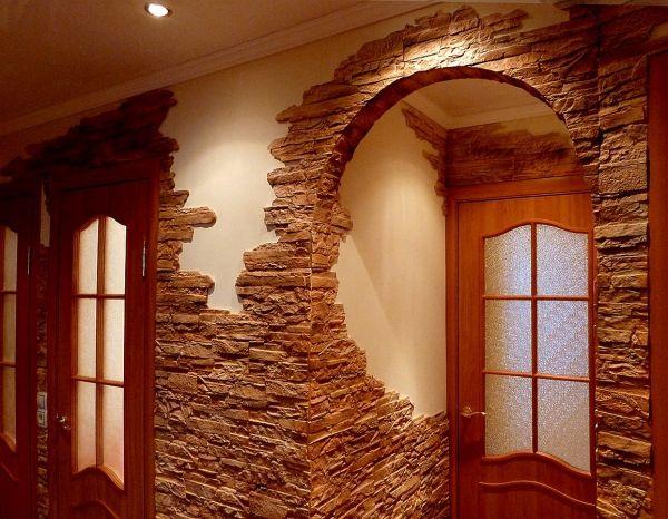 Фото каменных обоев на арке из ГКЛ