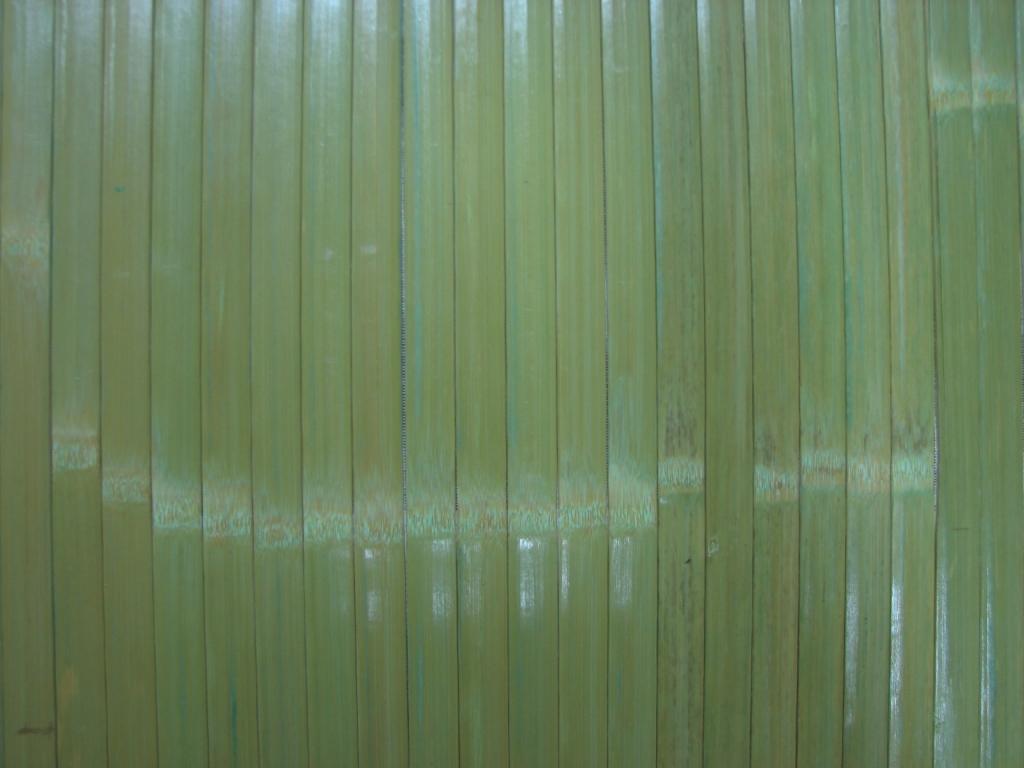 Фото обоев из натурального бамбука, покрытых лаком