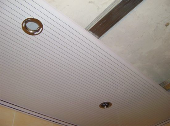 Фото установленных накладок для ламп