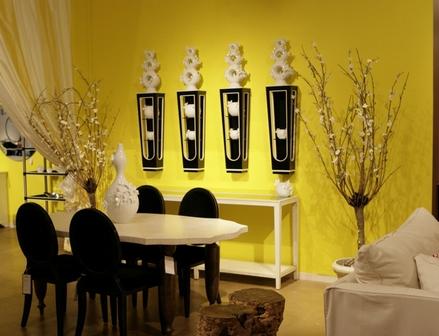 Гармоничное сочетание желтого тона в зале