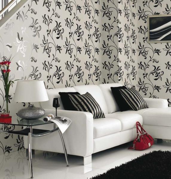 Гармония стен с белым диваном.
