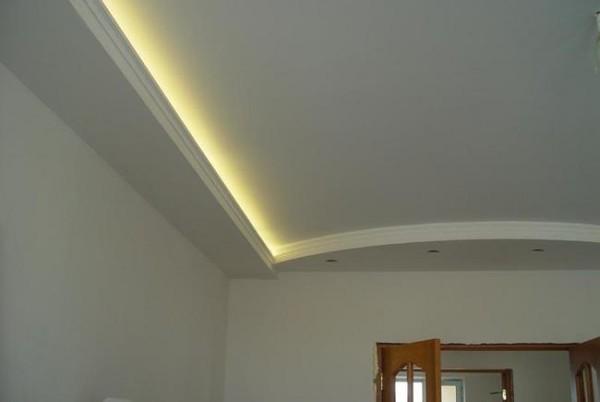 Гипсокартонная конструкция со скрытой подсветкой